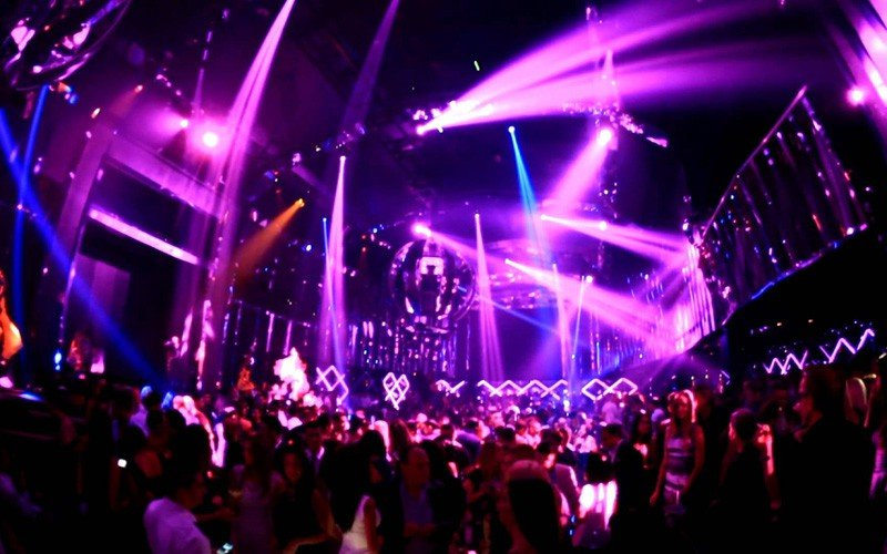 bamboo club party