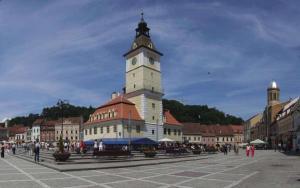 city central square in Brasov