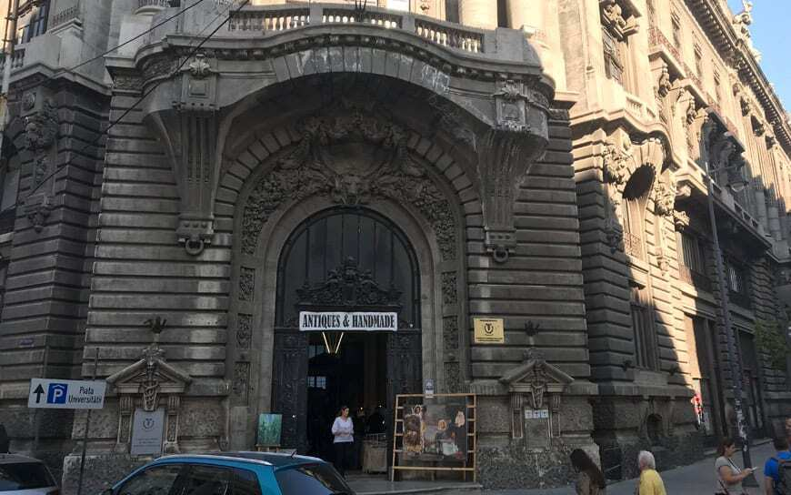 entrance to antiques market in bucharest