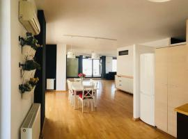 3 Rooms For Rent in Pipera