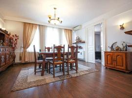Cismigiu Park Renovated Flat for Sale